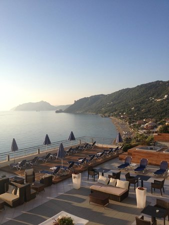 Mayor La Grotta Verde Grand Resort: view from room in the evening love it!