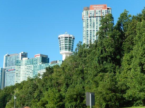فندق وأجنحة امباسي من هيلتون شلالات نياغارا/إطلالة على الشلالات: Embassy Suites