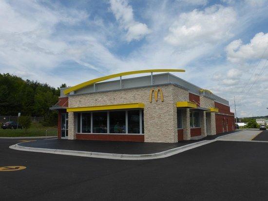 McDonald's: McDonalds in Wears Valley Pigeon Forge