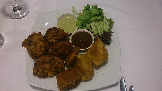 Randhawa's Indian Cuisine: Mixed Vegetarian Entree