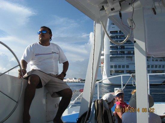 Fury Catamarans - Tours: Captain