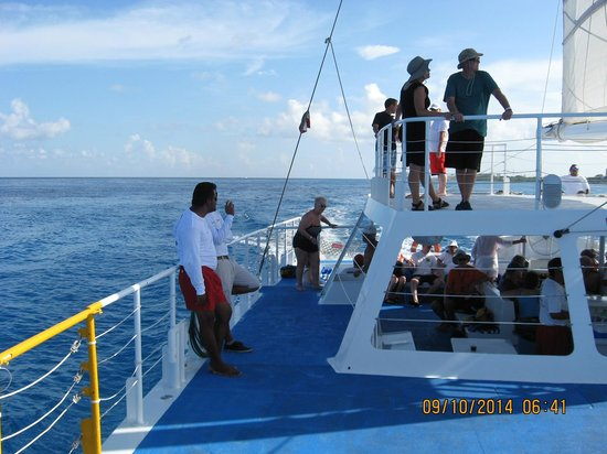 Fury Catamarans - Tours: The Crew