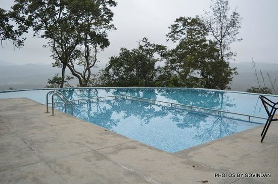 Porcupine Castle Resort: View from swimming pool