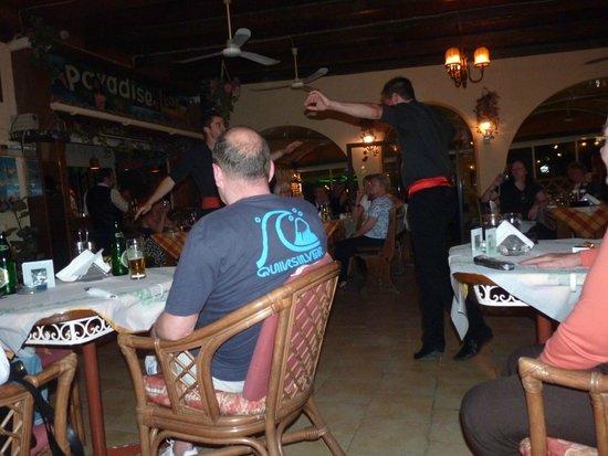 Paradise Restaurant Sidari: A night at the Paradise