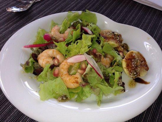 Restaurante  Mertxe: Ensaladas ricas ricas...