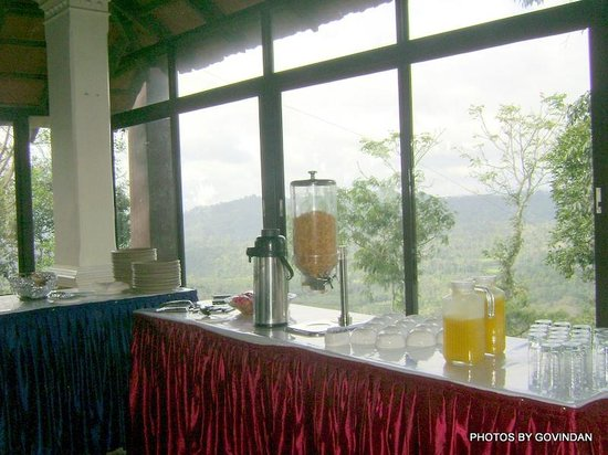 Porcupine Castle Resort: Juice coffee counter in the resturant