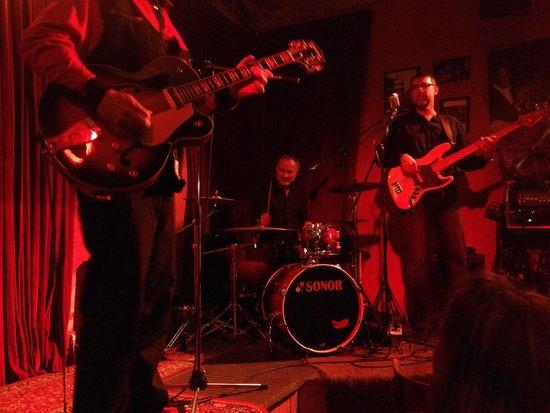 Jazz Club Ungelt: Músico club de jazz