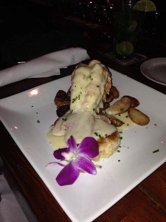 Southernmost Beach Cafe: Lobster tail and crab cake