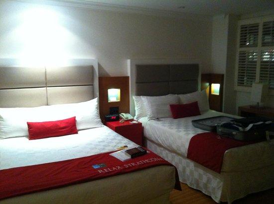 The Strathcona Hotel: Bedroom