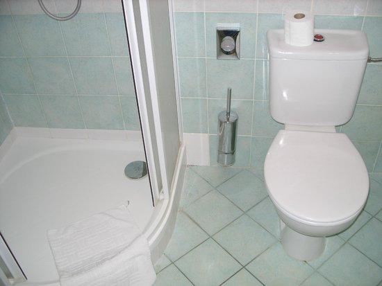 EA Hotel Tosca: wc/ bathroom