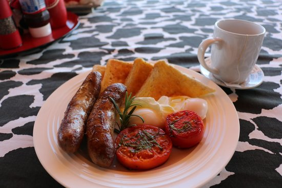 The Two Tin Cow B&B: delicious breakfast