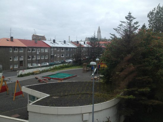Fosshotel Lind: Halsgrimkirkja right from the window