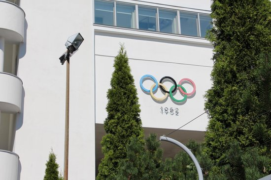 Olympic Stadium (Olympiastadion): Stadion fra det olympiske leje i 1952