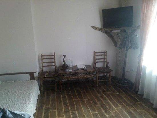 Zgarda Hotel: Living room
