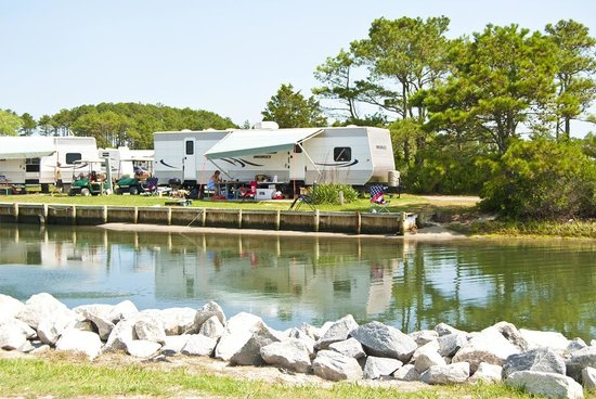 ‪‪Frontier Town RV Resort & Campground‬: On-Site Waterfront Rental Trailers‬