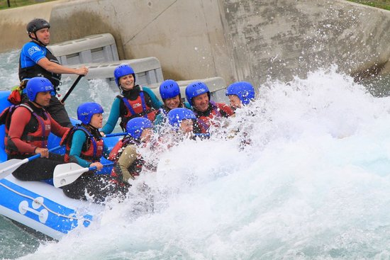Lee Valley White Water Centre: Riding a wave.