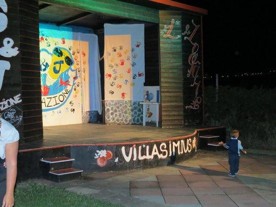 هوتل لو زاجار: Teatro animazione