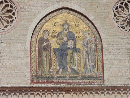 Duomo di Spoleto: MOSAICO DELLA FACCIATA (sec. XIII)