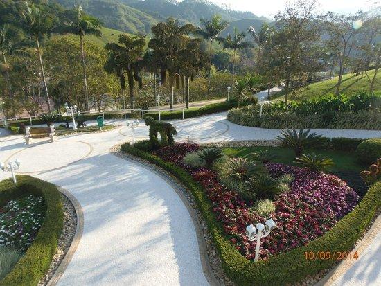 Fazzenda Park Hotel: hermosos jardines