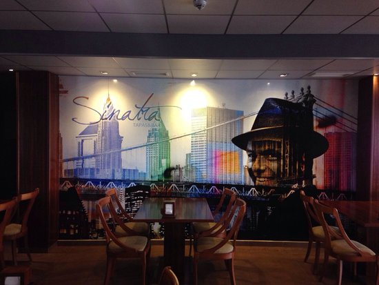 Restaurante Sinatra: Bar