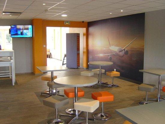 Ibis Budget Aeroport Marseille Provence: Salle petit déjeuner