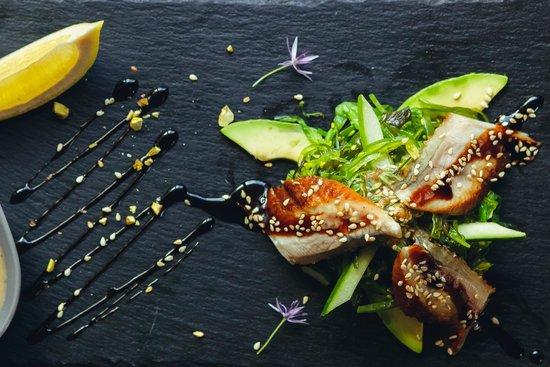 Barberry Club Restaurant: Кайсо салат с копченным угрем