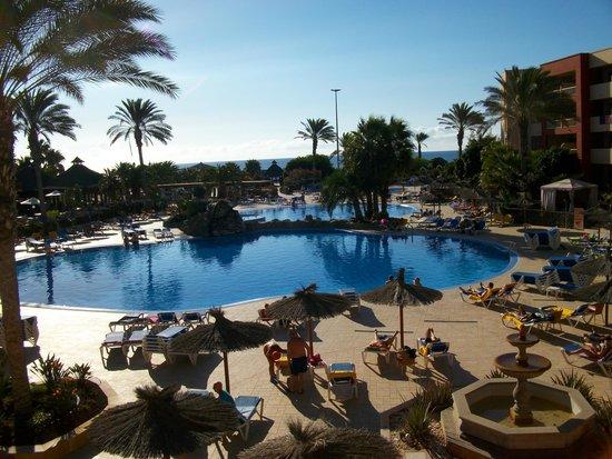 Elba Carlota Beach and Convention Resort: Pool
