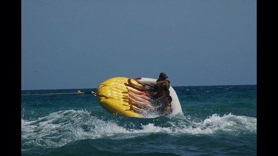 إيبيروستار شيش خان: Beach water sports