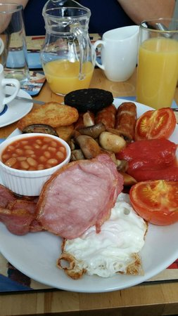 St Michael's Guest House: Best breakfast ever