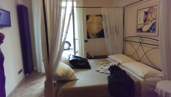 Il Casale : Our Bed room