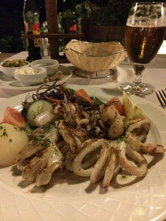 Son Terrassa: Grilled octopus with vegetables