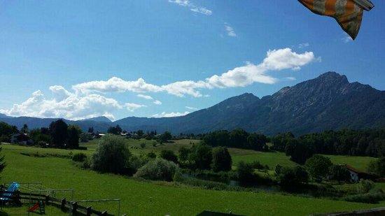 Haus Gertrud Ferienwohnungen: Blick vom Balkon Ferienwohnung Anna