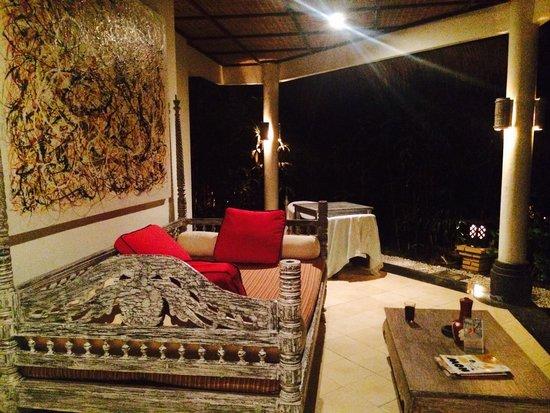 Ubud Villas and Spa: Zit gedeelte voor een van de villa s
