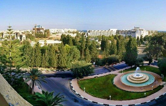 مرحبا رويال سالم: View from our balcony room 301