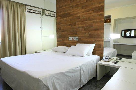 Taiama Plaza Hotel: SUÍTE