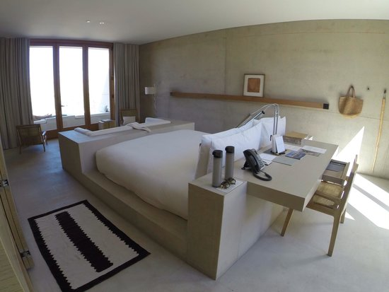 Best bed ever!!!! - Picture of Amangiri, Big Water - TripAdvisor