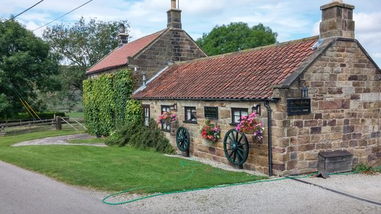 Ann's Cottage and The Old Smithy: The Old Smithy