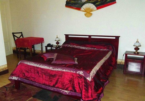 Hostellerie des Voyageurs: Chambre tout confort