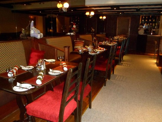 The Oasis Restaurant: The Oasis