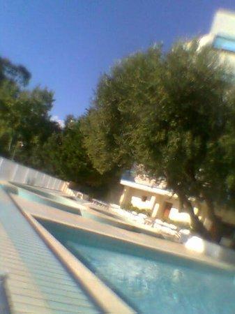 هوتل بايا ديلي سيريني: piscina baby