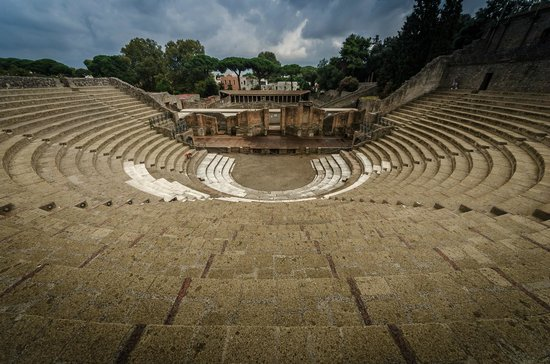 ‪‪Pompeii Archaeological Park‬: theatre‬