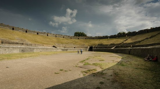 ‪‪Pompeii Archaeological Park‬: arena‬