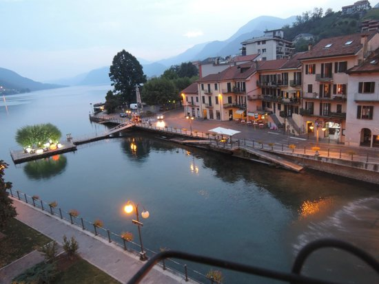 Hotel Ristorante Croce Bianca: Il lago visto dalla finestra