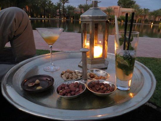 International Restaurant at Amanjena : Pre dinner drinks