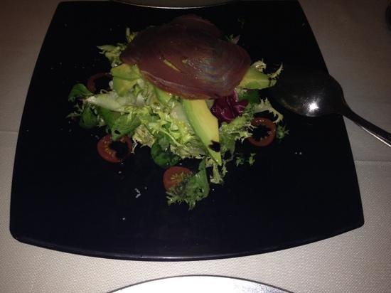 La Yedra: tuna salad