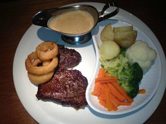 The Oasis Restaurant: Steak