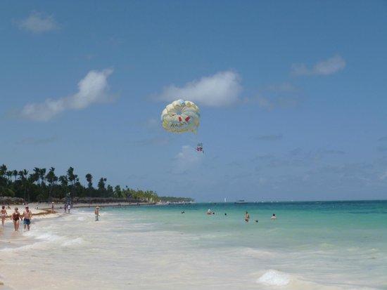 غران هوتيل ايباروستار بافارو: beach