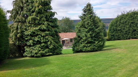 Ann's Cottage and The Old Smithy: Private retreat
