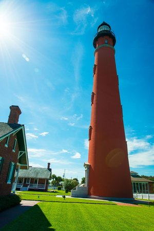 Ponce de Leon Lighthouse: The light