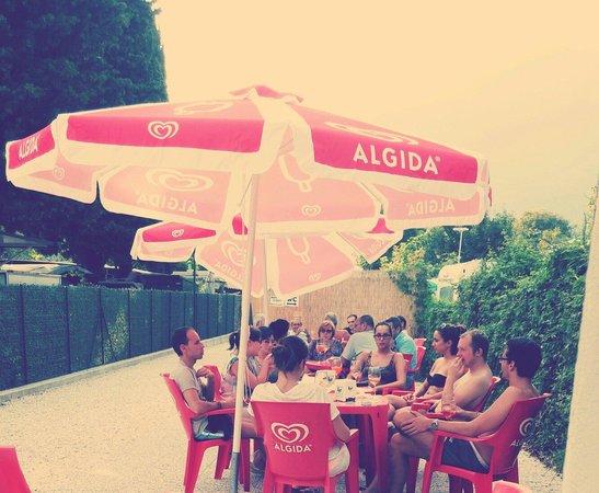 Ristorante Pizzeria Promontorio: Chiosco Promontorio ad agosto